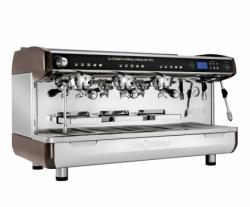 La Cimbali M34 Selectron Thermodrive DT3 TS TC : 3 grupper, 1 ångrör, 1 Turbo Steam Milk 4, Tall Cup, hetvattenuttag